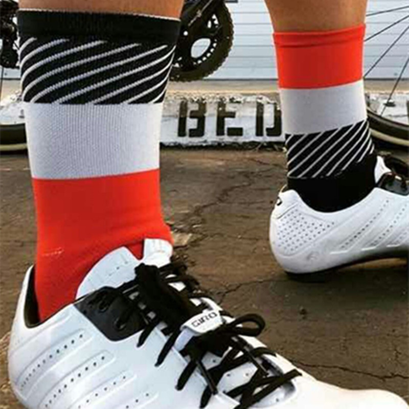 2017 bmambas Men Sport Socks Bicycle Cycling Socks Running Outdoor Socks Compression socks Calcetines Ciclismo