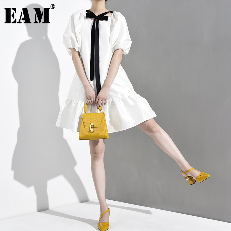[EAM] 2020 New Spring Summer Round Neck Short Sleeve White Ruffles Hem Bandage Bow Big Size Dress Women Fashion Tide WD5070