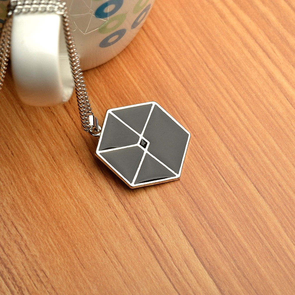 2018 Selling EXO Necklace Kaiser Star Style Fashion Wholesale Gift Exo Necklace To Fans