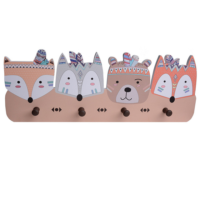 Tee Pees – Wooden Clothes Hanger
