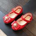 Crianças shoes meninas ballet plana 2017 nova moda pérola princesa dance party shoes sandálias de couro de patente crianças girls dress shoes