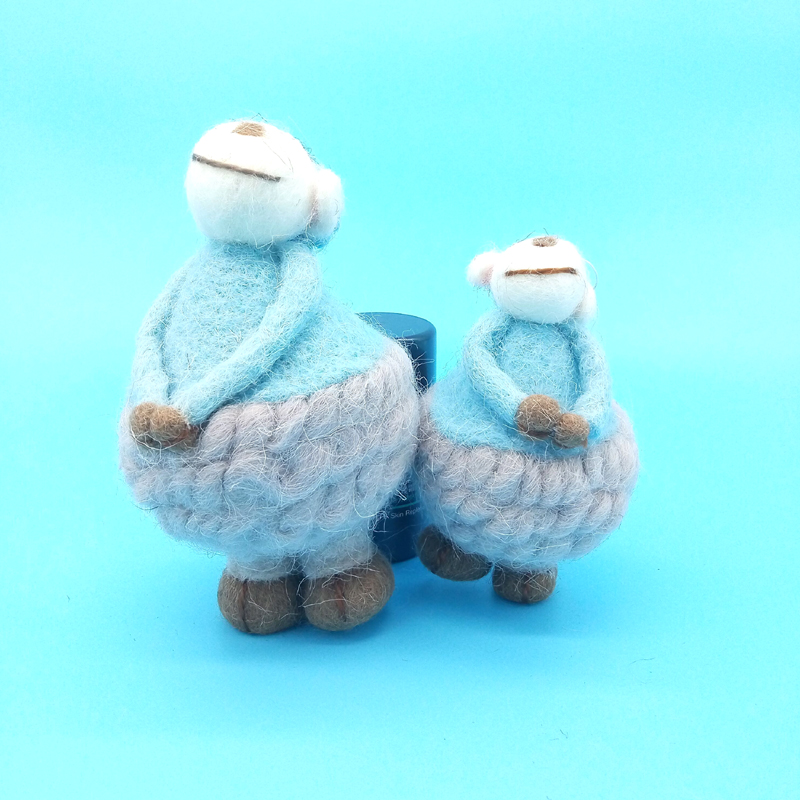 цена  2016 New Blue Sheep Toys High-Quality Merino Wool Creative Craft Ornament Finished Kawaii Hot Selling For Gift  онлайн в 2017 году