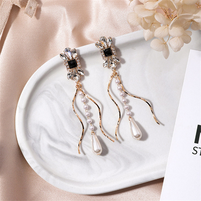 Fashion Luxury Square Rhinestone Spiral Design Long Pearl Tassel Drop Earrings for Lady Women Party Pendientes Jewelry 6A1012