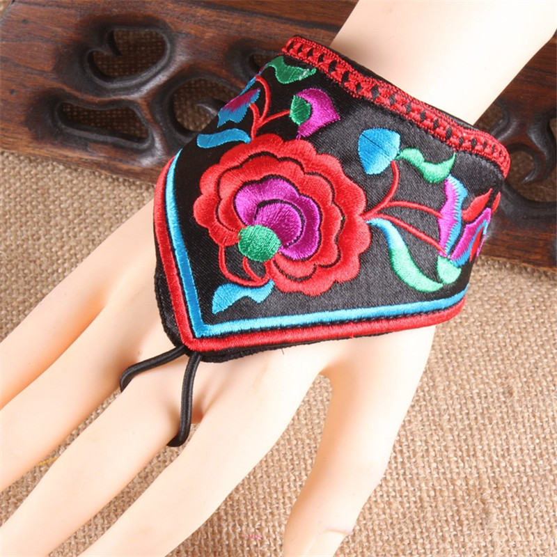 2019 Ethnic Wind Embroidery Flower Fingerless Gloves Fashion Joker Bracer Bracelet Dance Jewelry For Women 04
