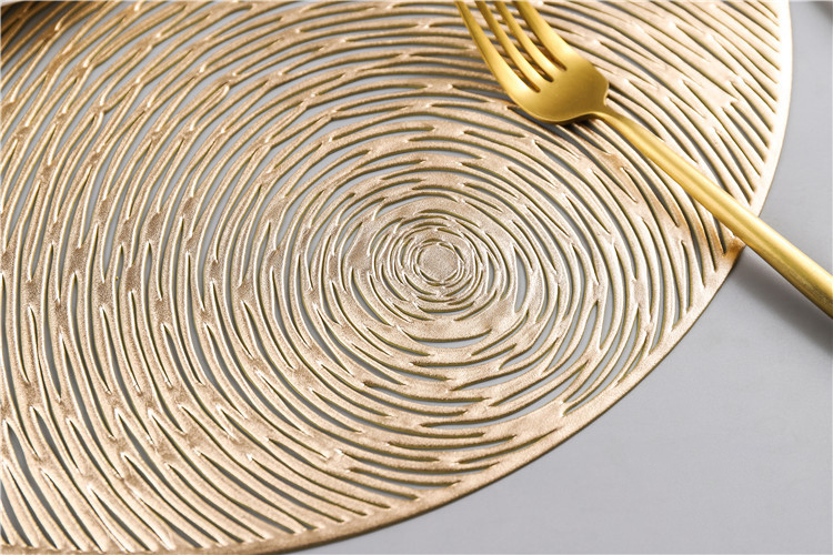 2019 New Gold Silvery Round Placemats Kitchen PVC Table Mats for Dining Table Drink Coasters Set Coffee Cup Pad Hotel Restaurant in Mats Pads from Home Garden