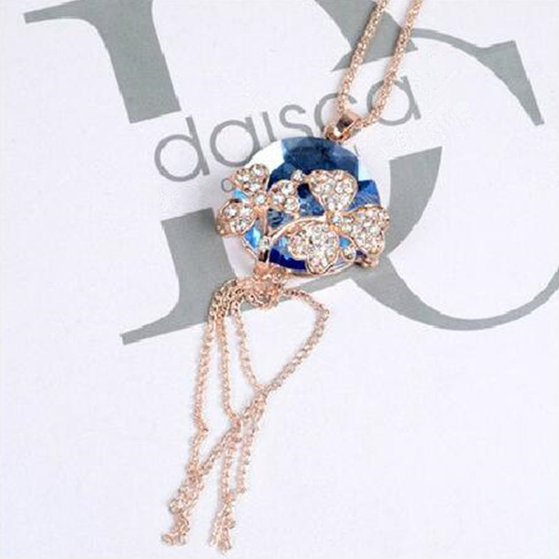Korean fashion jewelry round crystal clover necklace & pendant for women cute cat's eye stone sweater chain CLOVER JEWELLERY