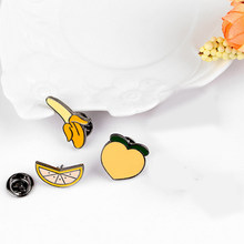2018 Fashion Gaya Kreatif Buah Pins Jeruk Pisang Persik Wanita Enamel Bros Topi Sweater Dekorasi Perhiasan Pin Hadiah(China)