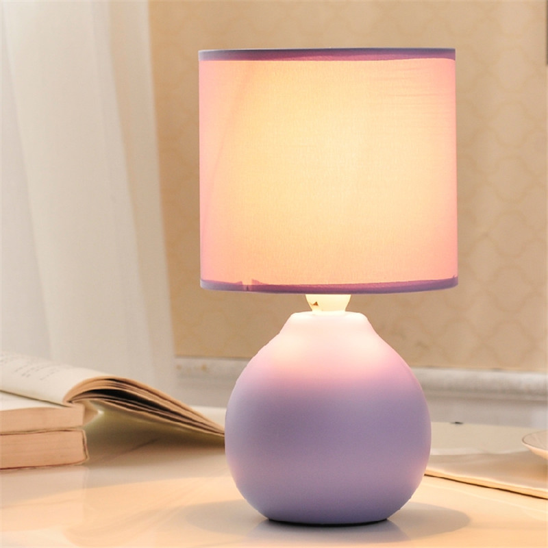 Promotional 6 Colors Creative Modern Ceramic Table Lamp For Bedroom Desk Lamp luminaria de mesa For Children's Room veilleuse 5 colors ceramic table lamp for living room desk lamp luminaria de mesa for kid s room