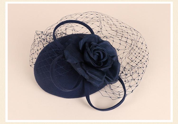 Chapeau Fleur à Pince avec voile