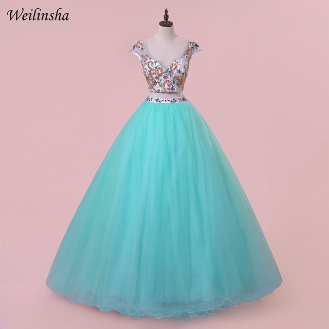 ec1ed85c591 Weilinsha New Arrival Crop Top Quinceanera Dresses V-neck Candy Color Prom  Party Dress Ball Gown Sweet 15 Dresses