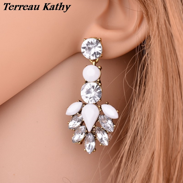 Terreau Kathy Real Shooting Luxurious Wedding Engagement Jewelry Pending  Shiny Crystal Flowers Stud Earrings For Women Brincos c231535685c4