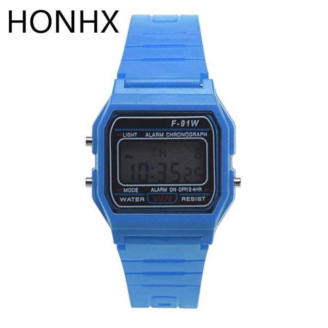 2017 HONHX Men Girl LED Digital Square Rubber Quartz Sport Fashion Alarm Auto Da