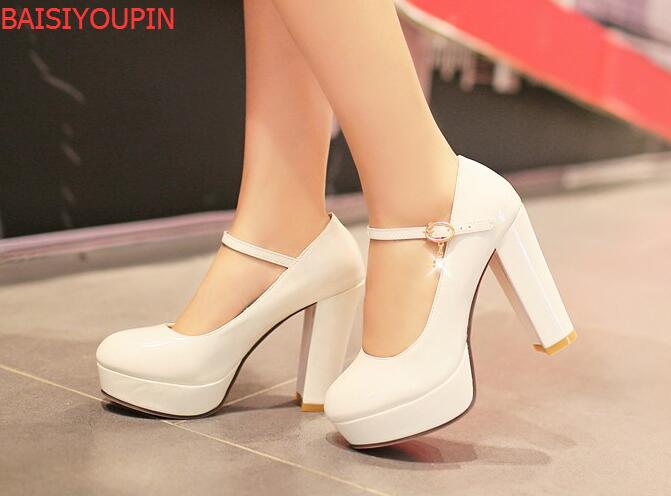 цена на 2018 Sweet Small Yards 32 Japanned Leather Ultra High Heels Wedding Shoes Bridal Shoes Thick Heel Plus Size 40 - 43 Single Work