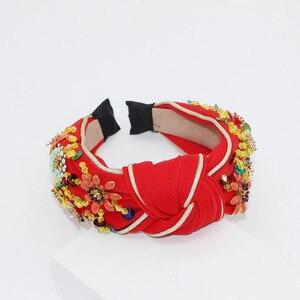Image 5 - Nieuwe Europese en Amerikaanse Barok rijst kralen hoofdband Bohemian mode bloemen verpakt persoonlijkheid dans hoofdband 950
