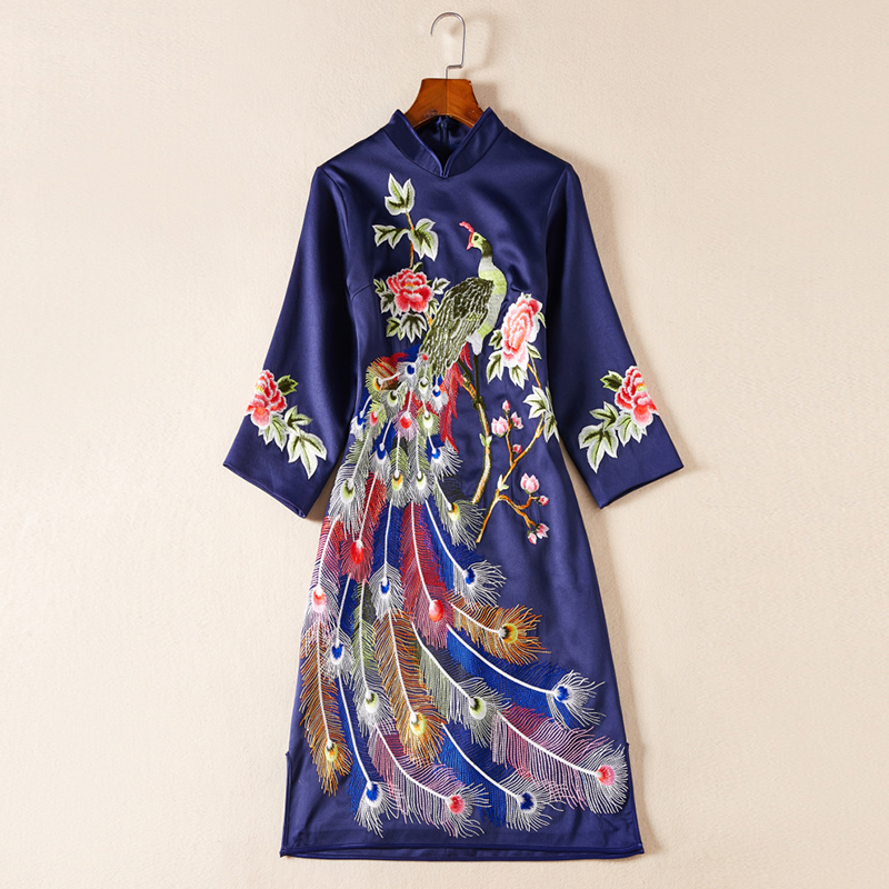 2019 Spring Embroidery Cheongsam Dress Women Hot Elegant Mandarin Collar Above Knee Mini Blue Female Chinese