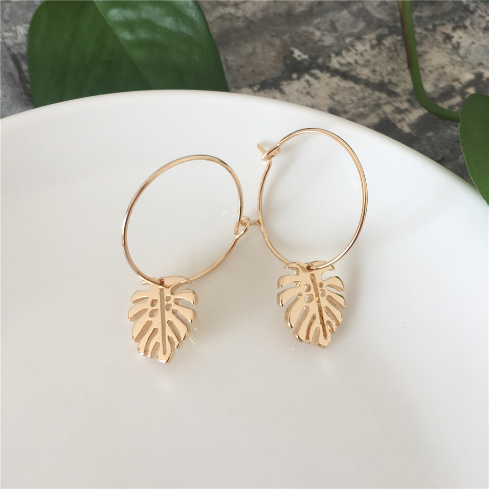 HOT SUMMER GOLD COLOR PALM TREE LEAF CHARM HOOP EARRING FOR GIRL WOMAN