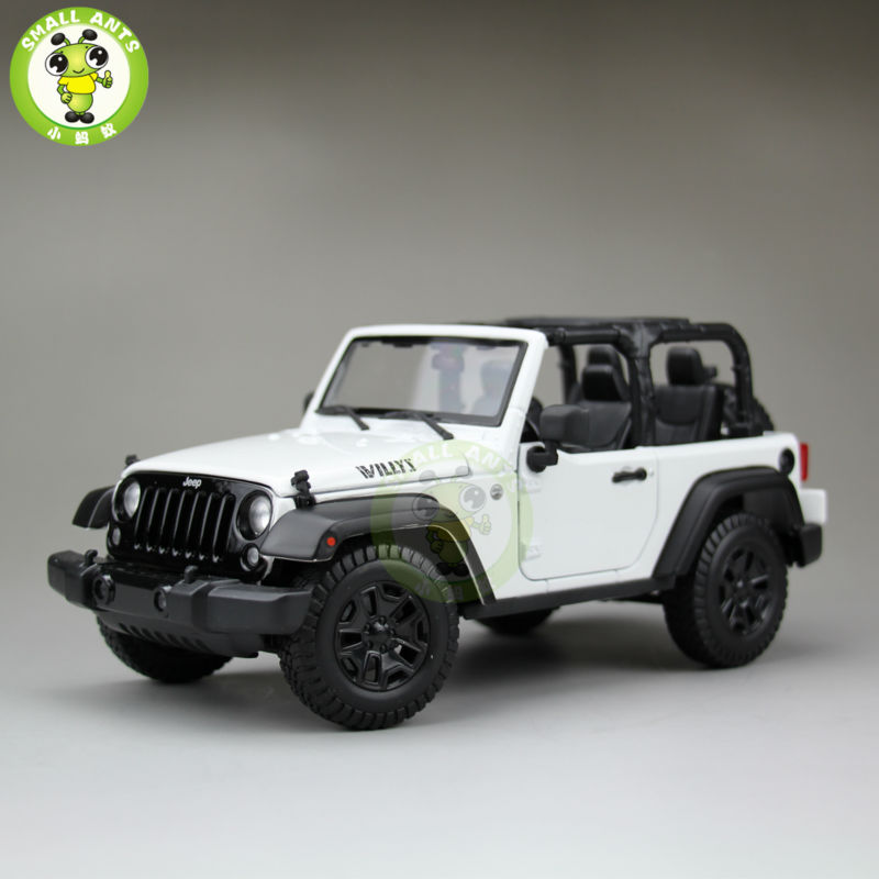 1:18 Scale 2014 Jeep Wrangler New Willys Diecast Car Suv Model Maisto 31676 White&Black maisto jeep wrangler rubicon fire engine 1 18 scale alloy model metal diecast car toys high quality collection kids toys gift
