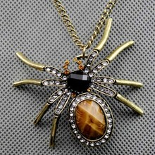 Vintage Long Necklace Pendant For Women Funny Animal Spider Shape Sweater Chains Rhinestone Antique Bronze Plated Pendant