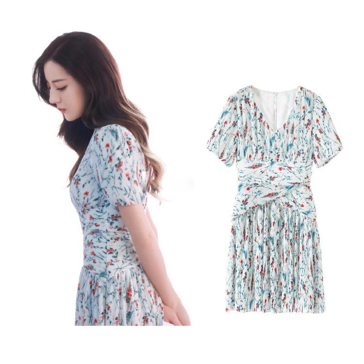 Nouveaux fonds petit frais col en v à manches courtes d'été floral pression tresse taille G05103 robe plissée