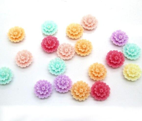 50Pcs 13mm Mixed Resin Flower Decoration Crafts Kawaii Bead Flatback Cabochon Fridge Magnet Scrapbook DIY Accessories Buttons