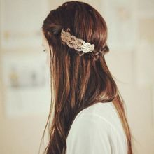 Classical Metallic Side Bangs Hair Clip Women Girl Leaf Shape Hollow Out Lace Pattern Hairpin Vintage One Word Ponytail Barrette