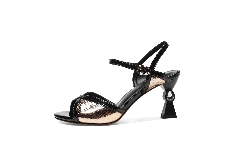 Ayakk.'ten Yüksek Topuklular'de Krazing Pot sınırlı özelleştirme toka kayış yüksek topuklu yılan derisi tahıl kadın sandalet inek deri büyük boy peep toe ayakkabı L53'da  Grup 2