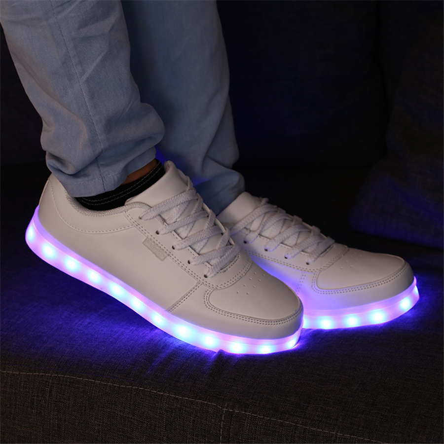 Kids Light Up Shoes With A Usb Charging Sneakers With Luminous Sole Solid Kids Casual Shoes Child Colorful Led Light 50Z0049 led shoes kids usb charging light up boys shoes sport 2017 cute breathable kids sneakers lights shoes tenis infantil 50z0035