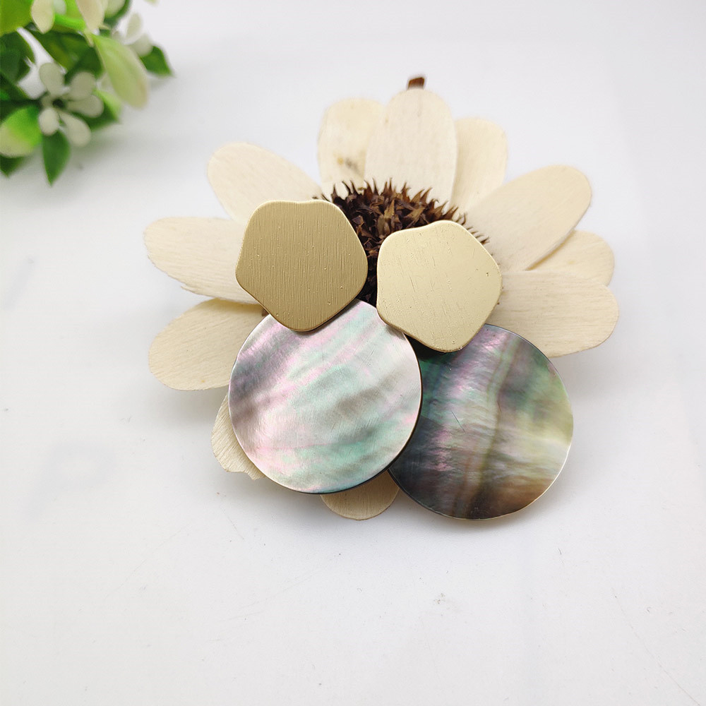Fashion Wedding Jewelry Hanging Natural Shell Pearl Geometric Earrings High Quality Natural Shell Pendant Earrings for women P40 14