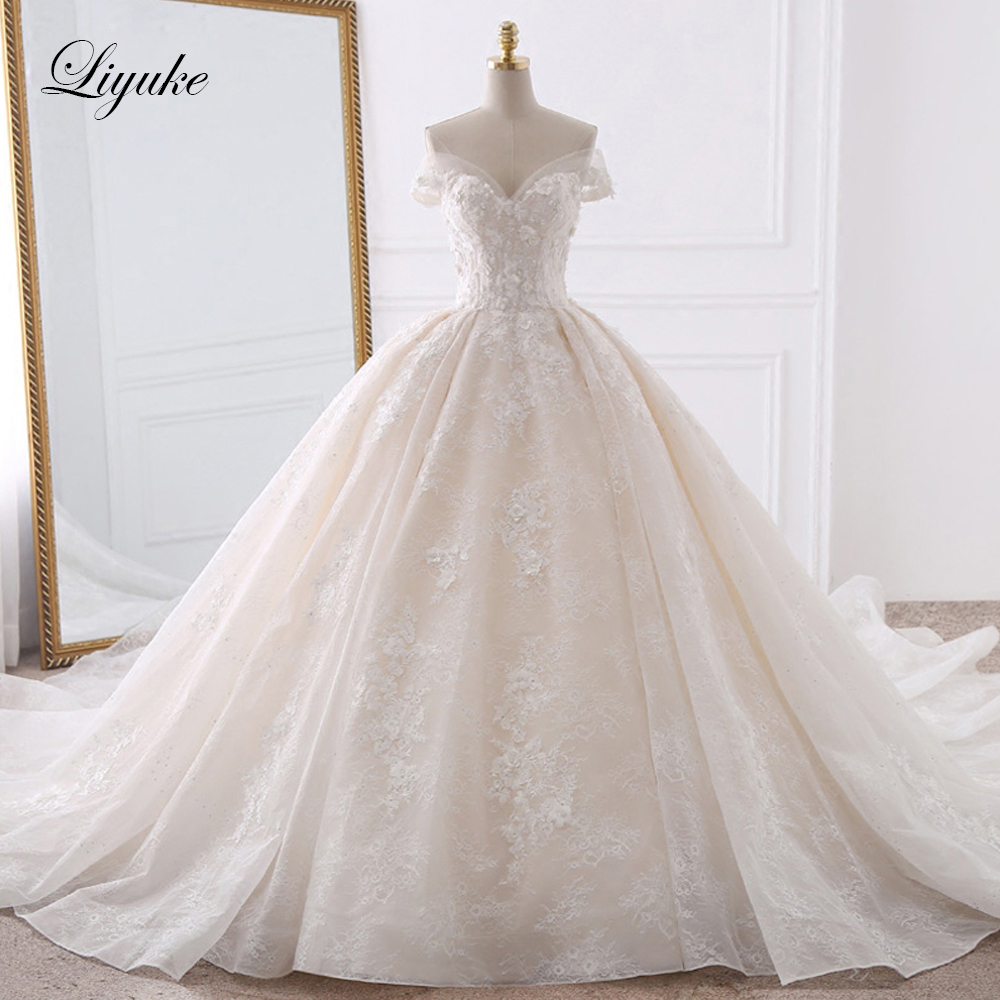 Luxurious Embroidery Tulle Sweetheart Ball Gown Wedding Dress Appliques Beading Pearls Off The Shoulder Vintage Bridal