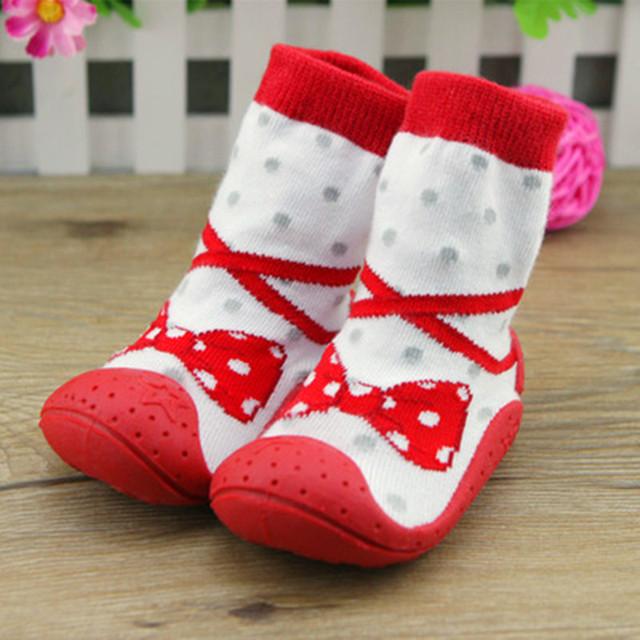 Laço e arco criança meias com Sola De Borracha antiderrapante sapatos da criança infantis meias chão bebê fundo macio XP3012