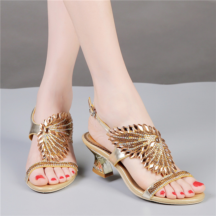 ФОТО 2017 New Summer Rhinestone Sandals Bohemia Women's Shoes Plus Size Womens Leather Sandles Sexy Strappy Sandals