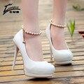 2017 bombas de las mujeres zapatos de plataforma lolita correa de tobillo fondo rojo zapatos de tacones altos zapatos de las señoras de la boda de san valentín novia blanco negro