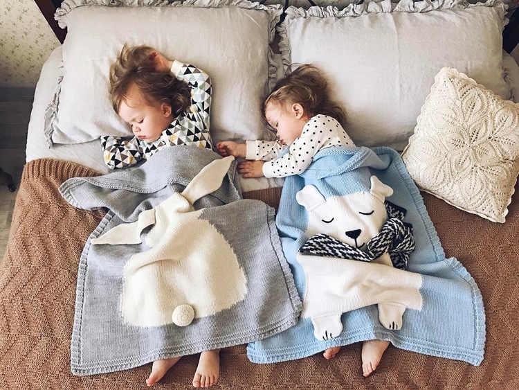 Cartoon niedźwiedź Fox królik zwierząt Cute Baby koc wyrzuca na Sofa/łóżko/samolot podróży pledy gorąca ograniczona piknik wełna nici koc