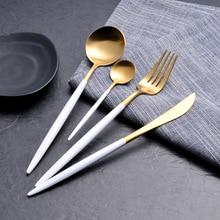 4-х частей корейского стиля Gold Bestekset Набор столовых приборов Dinner Knife S poon Fork Sets 18/8 из нержавеющей стали Portuga Golden Dinnerware set
