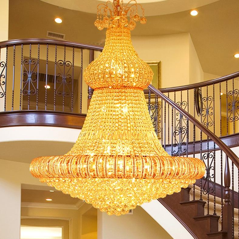 Le lustre en cristal d'or des lustres modernes LED allume - Éclairage intérieur