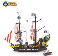 Model building kits compatible with lego 6243 city pirates battle ship 780 pcs 3D blocks Bricks figure toys for children