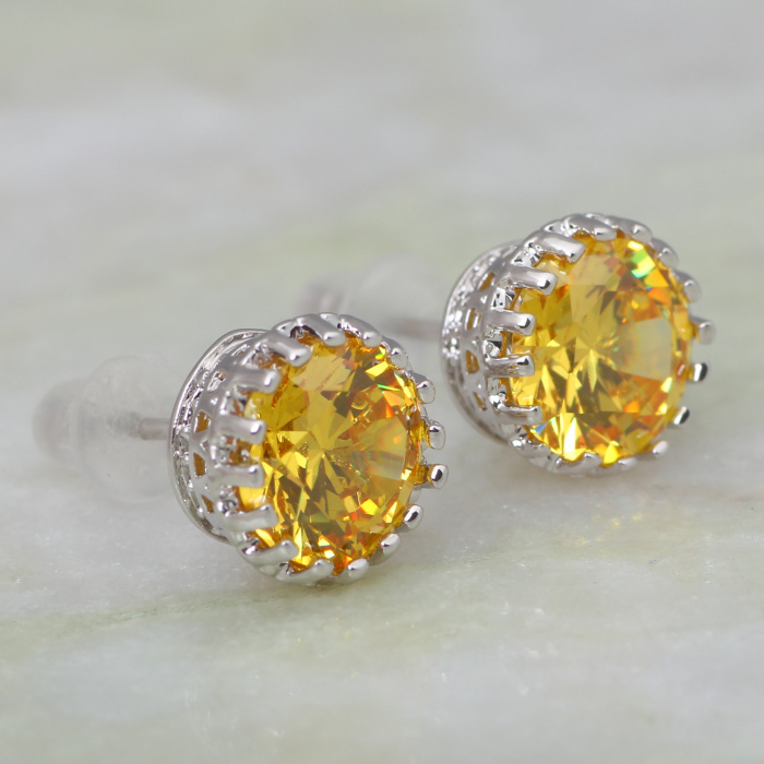 gold yellow stud earrings plain