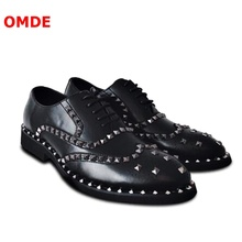 OMDE Korea Style Fashion Black Oxford Shoes For Men Carving Brogue Leather Rivets Dress Lace-up Wedding