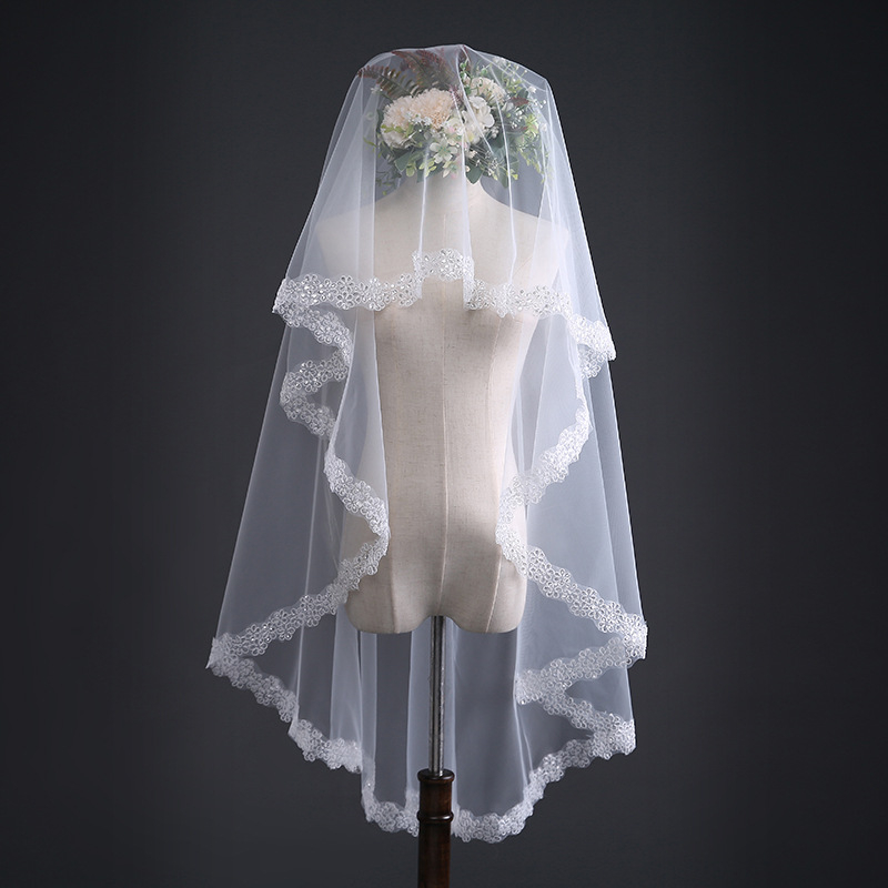 New one Layer 150cm Bling Sequin Lace Edge Short Wedding Veils High Quality Ivory Bridal Veil