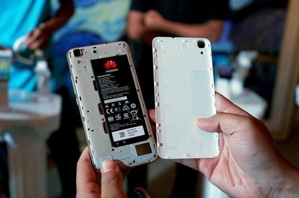 """Оригинальный Huawei Honor 4A 4 г LTE мобильный телефон Snapdragon 210 4 ядра Android 5.1 5 """"IPS 1280x720 2 ГБ Оперативная память 8 ГБ Встроенная память 8.0mp Dual SIM"""