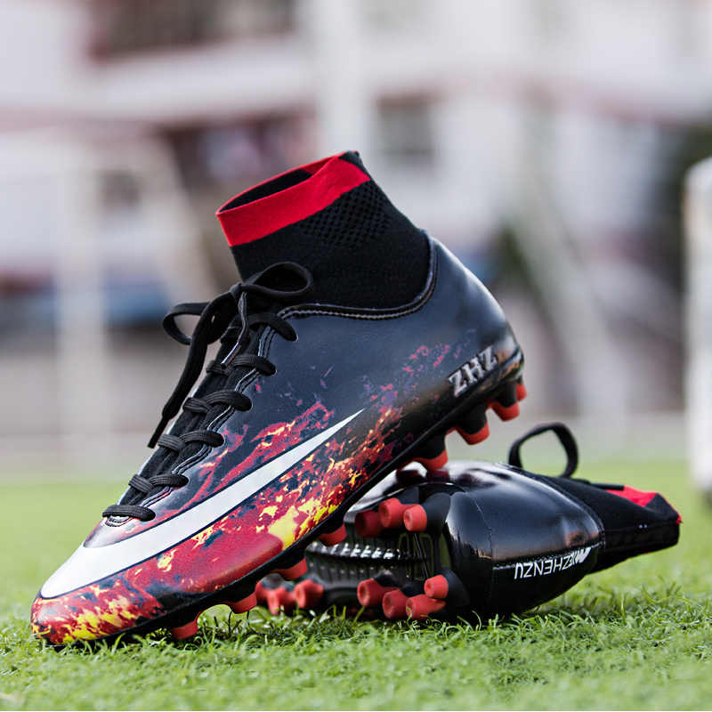 Ronaldo unboxes his new CR7 Galaxy Boots! YouTube
