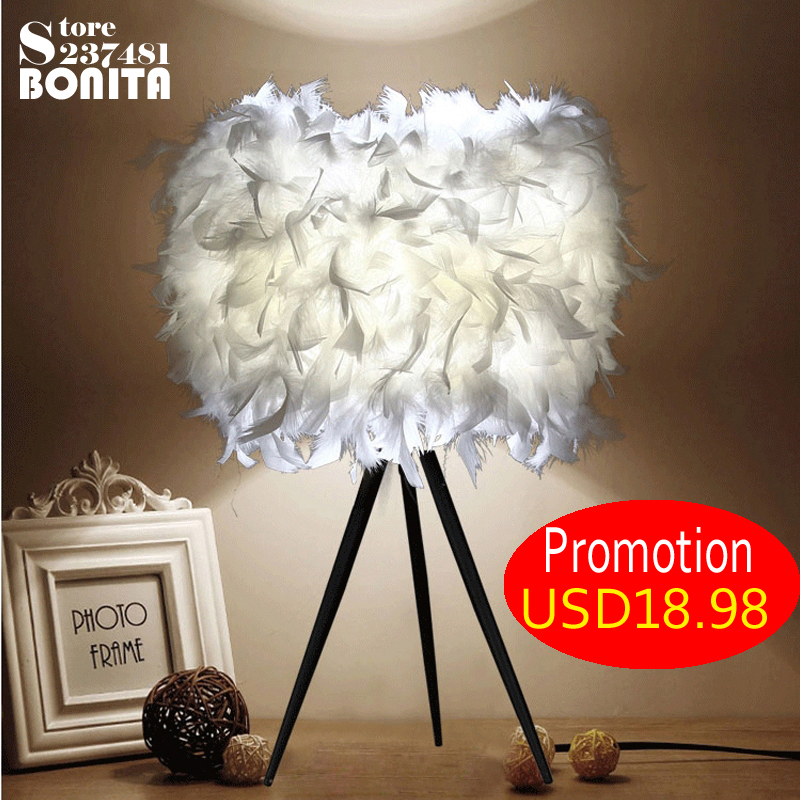 Thick feather light, is the love of warm home! Feather reading lamp bedside desk lamp bedroom Small table light small birds of a feather notebook