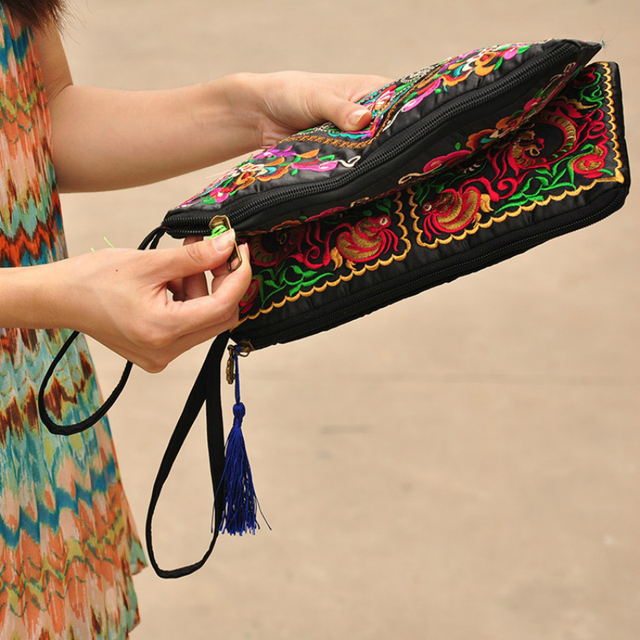 2019 New National Ethnic Women Embroidery Wallet Embroidered Flower Coins Purse Bags Women's Small Handbag Clutch Bag 3 Styles 4