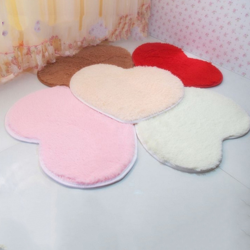 Lovely Heart Shape Area Rug Carpet Non Slip Absorbent  Floor Bath Mat Door Mat Fur Rug Home Decor Anti-Slip Cushion