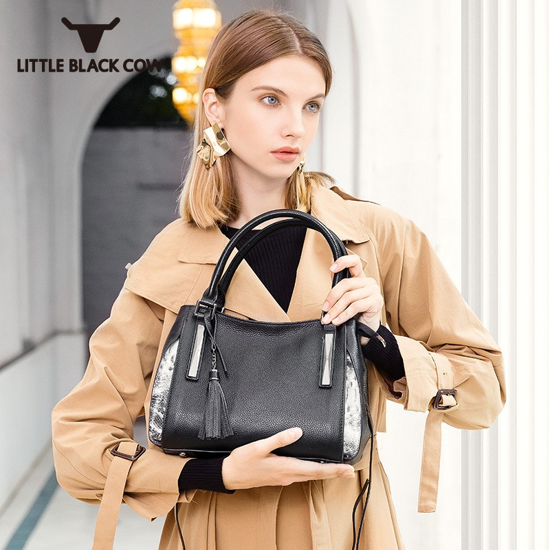 2018 New Fashion Solid Women Handbag High Quality Leather Tassel Crossbody Bags Female European Style Cow Leather Shoulder Bag 2017 hot high quality brand baotou layer of cow leather bags the new ms tassel handbag is a 100% leather handbag
