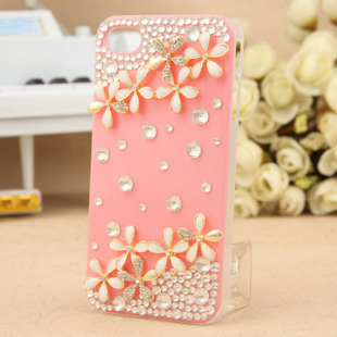 Free shipping for iphone 4 4S latest cute flower stickers rhinestone cell phone case is simple, stylish and cute.