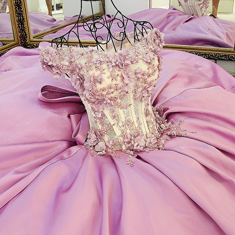 CloverBridal peals flowers satin pink wedding dress 2018 ball gown with big bow-tie at back illusion boned bodice