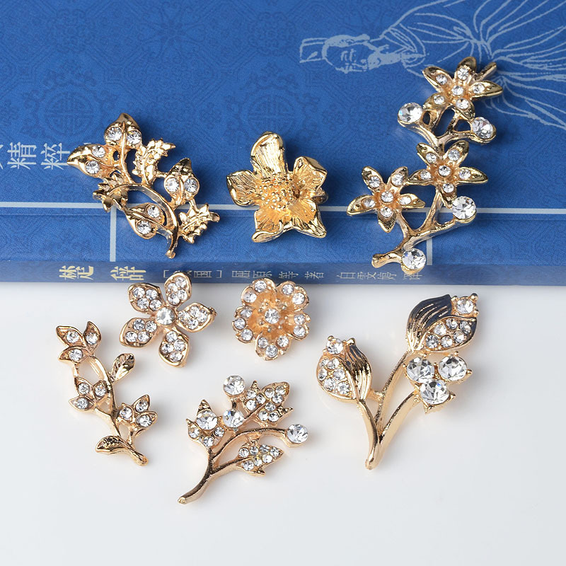 Fashion new product 50pcs Delicate long thin small leaves fashion charm pendant