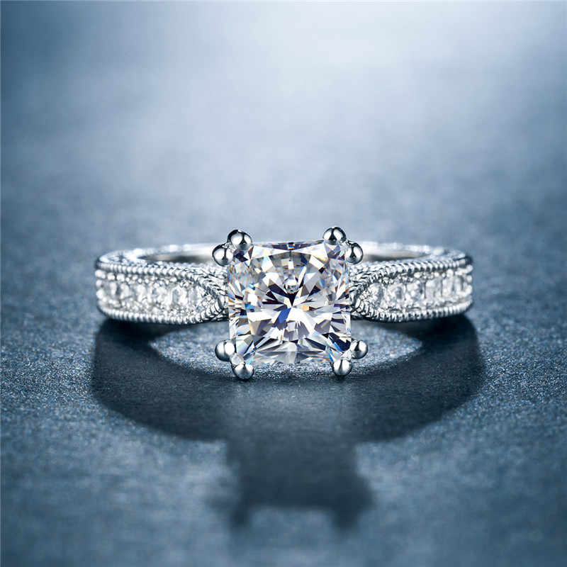 Huitan CLASSIC Solitaire แหวนแต่งงานสแควร์ Cubic Zircon PRONG การตั้งค่าหมั้นแหวนสำหรับผู้หญิง