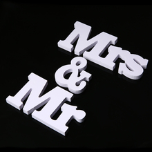 Mr & Mrs White Plastic Letters Sign Wedding Hanging Standing Table Party Decorations Signs
